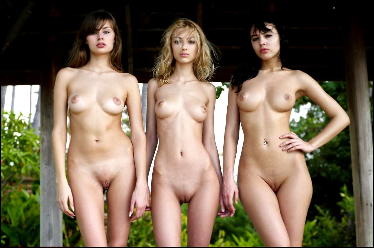 Тольяттинские девушки фото дома голые 20 фотография